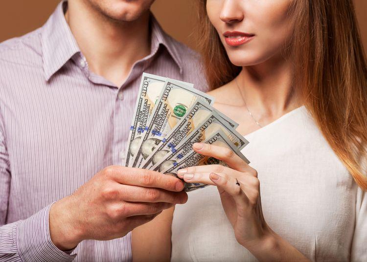 Beberapa Kesalahan Dalam Mengatur Keuangan Keluarga - AnekaNews.net