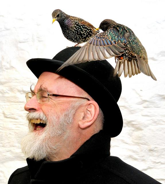 """""""DON'T THINK OF IT AS DYING. JUST THINK OF IT AS LEAVING EARLY TO AVOID THE RUSH."""" Sir Terry Pratchett has met Death. http://t.co/02S9ZPW9BG"""