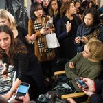 7,220 tweets. 21 make-up artists. What it took to create the @Burberry #LFW2015 catwalk show http://t.co/yHuQRleShD http://t.co/16dsNqPN4s