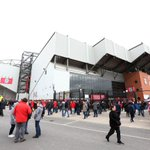 PHOTO: Fans make their way to Anfield ahead of the clash with @MCFC #LFC http://t.co/0aQ8xt7ZGH