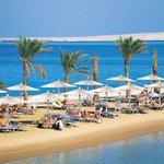#اليوم_السابع   #الغردقة تفوز بجائزة أفضل وجهة سياحية عربية لعام 2015 فى مسابقة بـ #دبى http://t.co/LgShFzKJuv http://t.co/3Ve0RBY7uq