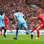 PHOTO Jordan Hendersons goal separates the teams at Anfield. Liverpool 1-0 Man City (22 mins) #LIVMCI http://t.co/3uByNIdYu0