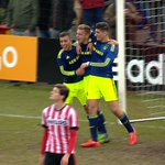 [VIDEO] #Ajax A1 geeft goede voorbeeld tegen PSV: http://t.co/PuD5yFO3Y4 #psvaja http://t.co/edZfmELrVQ