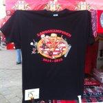 De eerste kampioensshirts van #PSV worden vandaag verhandeld bij het Philips Stadion. #psvaja http://t.co/z55vtDWHDs