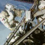 Beautiful view of Canada while @AstroTerry & #AstroButch work on @Space_Station http://t.co/KX5g7yYnYG #spacewalk