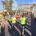 Los maratonistas hacen su entrada a #Torreón Bienvenidos @MaratonLala #MIL15 http://t.co/285RFff0TN
