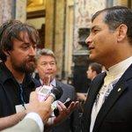 Presidente #Correa felicita a #Uruguay por su compromiso con el cambio ➡ http://t.co/C6xeW1XPRF http://t.co/TspYUPvQz1