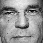 Geen tijd gehad? Lees dit interview met premier Rutte Dit is gewoon een waanzinnig gaaf land http://t.co/oK2rTGH5BS http://t.co/jpiMp1u6IC