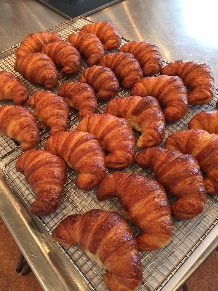 RT @bitterscience: Le beautiful croissants from Mary for her Breakfast Pastries class. @amusesbouche @StirBoston http://t.co/gJxNJb8R2G