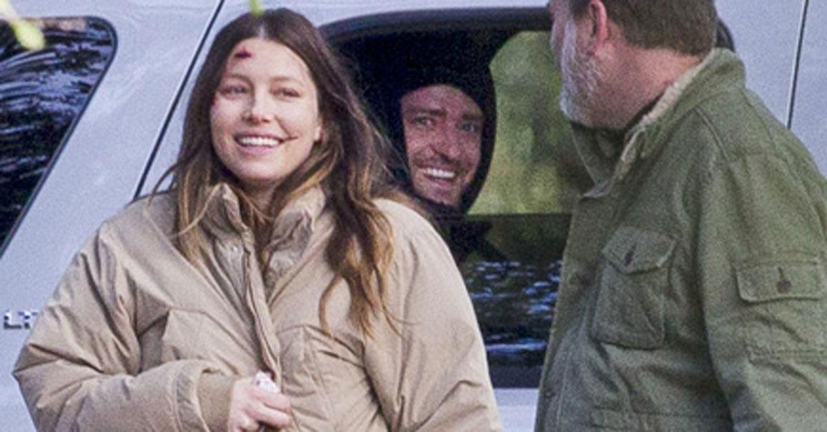 Cute! Justin Timberlake visits pregnant Jessica Biel on set: