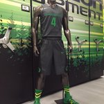 The new away version of the @nikebasketball disruption Uni for @OregonMBB today http://t.co/veEIxk4DVR