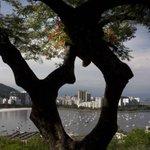 Mirante do Pasmado: para ver 360 graus do Rio e fugir dos ângulos óbvios. http://t.co/FvOz4tKeHQ #Rio450 http://t.co/YKWUTTsfx7