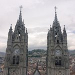 No tengo idea, pero subí las dos torres de la Basílica de #Quito y eso que sufro de vértigo. #AllYouNeedIsEcuador http://t.co/Um4XnkjW4g