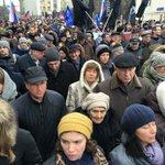 Мама Немцова, Дина Яковлевна, на шествии памяти сына. http://t.co/M4eAT1tt2w