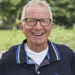 Geert in zijn bekende wit/gouden polo. #BZV #boerzoektvrouw #Geert http://t.co/1Xz4xo4pon