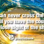 You can never cross the ocean until you have the courage to lose sight of the shore.  http://t.co/CwUhVmir48 http://t.co/09d2ojr8Qd