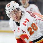 NEWS: #Caps Acquire Curtis Glencross from Calgary. http://t.co/reDAdn9V1Q #CapsDeadline http://t.co/BnAB9Qk5Sk