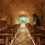 A Wedding Chapel Surrounded By Nature Motifs http://t.co/fKnHhhxyEp #design #interiordesign #architecture #japan http://t.co/gzy7bIs9Ep
