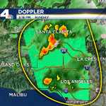 And now a flood advisory in effect for LA County until 5pm. 3/4 in. of rain falling, lightning & hail. http://t.co/FCyENWGF25