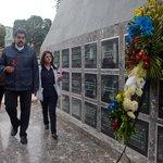 """Hoy lleve una Rosa y una Oración a los mártires del 27-28Feb de 1989¡Prohibido Olvidar!: @NicolasMaduro http://t.co/H7bziOckzg"""""""