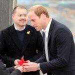 【New!】ウィリアム王子、石巻市と女川町を訪れ被災者を励ます http://t.co/RA1zsVL2If http://t.co/cvaVjSKHev