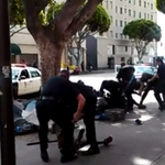 #GRAPHIC: LAPD involved shooting in Downtown LA caught on video. https://t.co/70KuON44Tg http://t.co/FAh3KKpA16