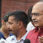 Prashant Bhushan slams one person-centric campaign by AAP, calls for swaraj within party http://t.co/wfvmWktbAv http://t.co/Kh9kryM05J
