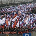 Mosca, in cinquantamila sfilano nel ricordo di Nemzov http://t.co/xYDunrAhX1 http://t.co/Szf3CVw5Im