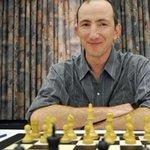 Exploit di un 17enne agli europei di scacchi: battuto il campione israeliano Mikhalevski http://t.co/FSY7nThTI0 http://t.co/32rSwO55gR