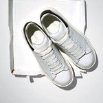 After seasons of loud, colorful trainers comes the welcome respite of white sneakers http://t.co/P7RIrV2Gj9