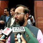 TMC should first tell where did the black money from Saradha scam has gone: Union Minister Prakash Javadekar http://t.co/rbEEpWRryN