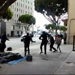 Video captures moment US police shoot & kill homeless man in Los Angeles http://t.co/BRp9uk0HKE #LAPDShooting http://t.co/Hot0m2wzZK