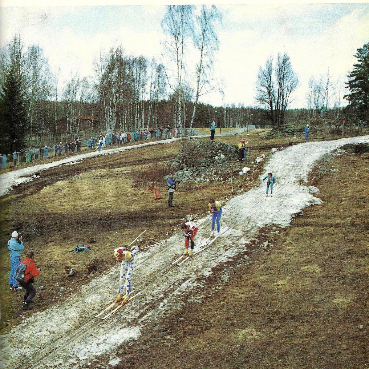 Folk som klagade på spåren under @Falun2015 igår har kanske glömt hur det såg ut i Falun under @skidspelen 1989!? http://t.co/phiSeXvXkK