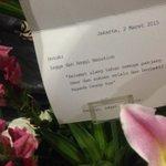 Sok2 ngirim bunga buat ultah adik ternyata gue salah tanggal, mereka ultahnya besok bukan hari ini: http://t.co/YYcL6hk1QW