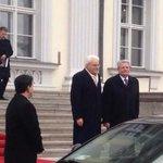 """Il primo viaggio di Mattarella in Germania: """"Berlino ha apprezzato le nostre riforme"""" http://t.co/Pxg0kV7lUp http://t.co/BiohJ7Vhe3"""