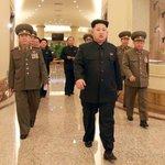 Coreia do Norte lança mísseis no mar e promete ataques. http://t.co/F2PNMEyz1l http://t.co/dV7ZkB5fym