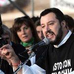 """Salvini, ultimatum a Forza Italia: """"I vostri elettori sono già con noi"""" http://t.co/hS8xto48ld @marcobreso http://t.co/10isxSHyMu"""