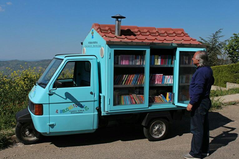 An Italian mobile library.  http://t.co/h3K6kQFnDX http://t.co/yc2bZKfEdj