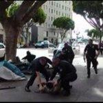 Vídeo registra morte de sem-teto por policiais em Los Angeles http://t.co/TZQjRzcU0w #G1 http://t.co/stIOLWDYWL