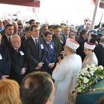 Türkiyenin büyük vicdanı Yaşar Kemali sonsuzluğa uğurladık. Allah rahmet eylesin http://t.co/eJoIpzNq6U