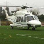 Guasto meccanico all'elicottero Renzi atterra nel campo sportivo http://t.co/iTh9whmgIx http://t.co/dF7IKK53Yj