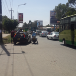 The lady driver has to put the cop in her lunch plans. She was on phone while driving. #ngongrd http://t.co/m7JIu7zOSs via lbo
