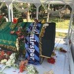 İnce memed Adana Demirspor kaşkolu ile uğurlandı http://t.co/ktS4gkz3V7