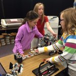 Fifth graders in Sheri Hamiltons class @OkolonaES work on robots #JCPS #100Schools100Days #Louisville http://t.co/JDwZxB3ANY