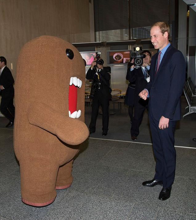 Prince William visits Domo in Japan! #RoyalVisitJP #royalvisit http://t.co/UsabsXvtee http://t.co/Qxs044FqOY