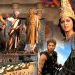 Watch #Rudhramadevi Theatrical Trailer --->  http://t.co/MLNiRBZLYR  #Anushka #AlluArjun #RanaDaggubati #Gunasekhar http://t.co/mGVIPyTYP8