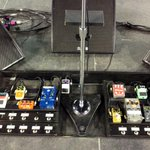 A Noels-eye view of his pedal board #NGHFBTour http://t.co/rQ5yRlxCBD