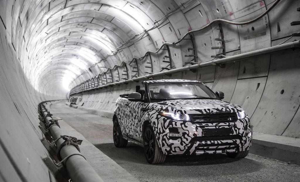 NEWS: Land Rover confirms production of Range Rover Evoque Convertible, on sale in 2016 http://t.co/LD6UgPi5Gb http://t.co/E3MMQ5KNhG