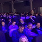 """Here is another pic of people sleeping and empty seats at this Zuckerberg """"keynote"""" #MWC15 http://t.co/y1YQipJlaE http://t.co/1FLuO6XTlH"""