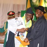 President Jonathan presenting medals & certificates at the NYSC Honours Award at the Villa, Mon. http://t.co/08nxqykngH